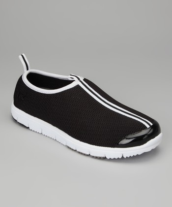 Black Travel Walker Mesh Slip-On Shoe