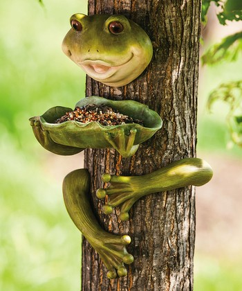 Hop On Home Outdoor Frog Decor