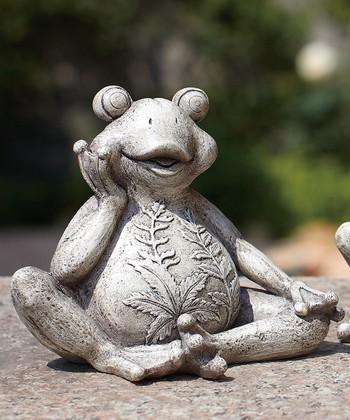 Leafy Stone Frog Figurine Set