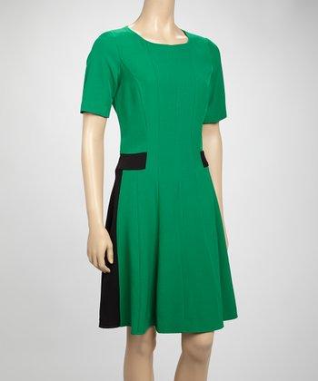 Shelby & Palmer Emerald & Black Color Block Short-Sleeve Dress