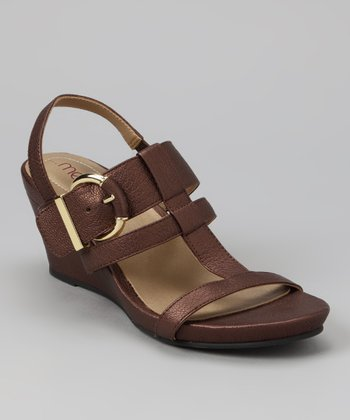 Dark Brown Pebbled Pearl Goat Helena Wedge