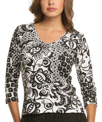 Le Mieux Black & White Mod V-Neck Top - Women