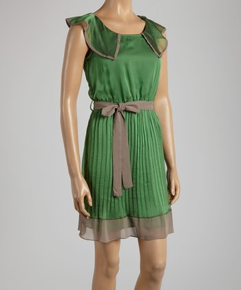 Young Essence Green Accordion Pleat Ruffle Sleeveless Dress