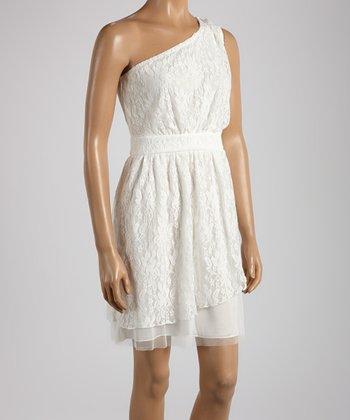Young Essence White Lace Asymmetrical Dress