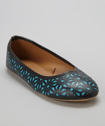 Black & Turquoise Perforated Flat