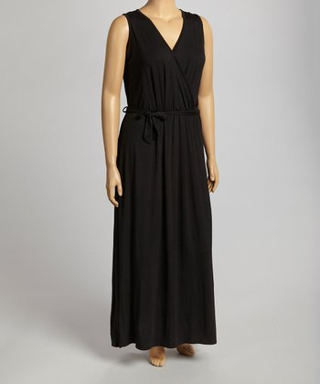 Black Sleeveless Dress - Plus