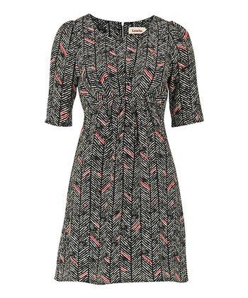 Black Zigzag Elbow Sleeve Dress