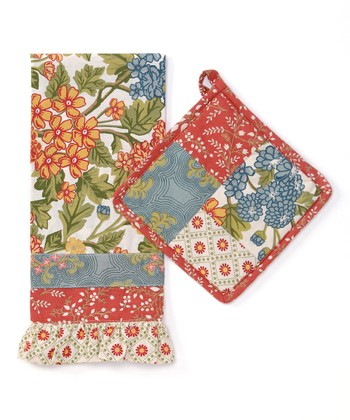 Rue du Marche Pot Holder & Dish Towel