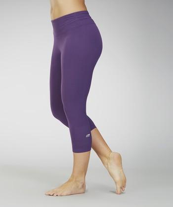 Crown Jewel Capri Leggings - Women