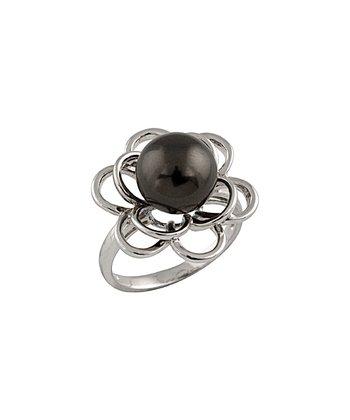 Black Shell Pearl Daisy Ring
