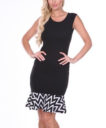 Black & White Zigzag Short-Sleeve Dress
