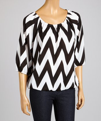 ARIA FASHION USA Black & White Bold Zigzag Top