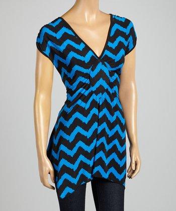 ARIA FASHION USA Cobalt & Black Zigzag V-Neck Tunic