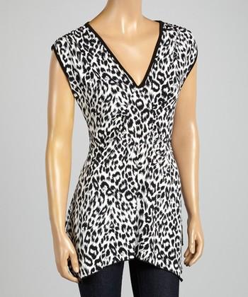 ARIA FASHION USA Black & White Leopard V-Neck Tunic