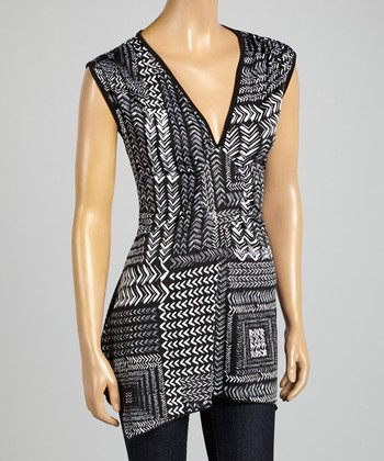 ARIA FASHION USA Black & White Geometric V-Neck Tunic