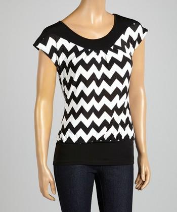 ARIA FASHION USA Black & White Zigzag Cap-Sleeve Top