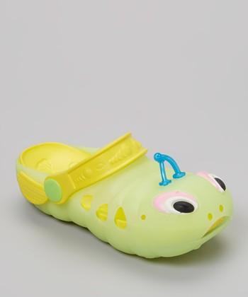 P&W Shoes Green & Yellow Bug Clog - Kids