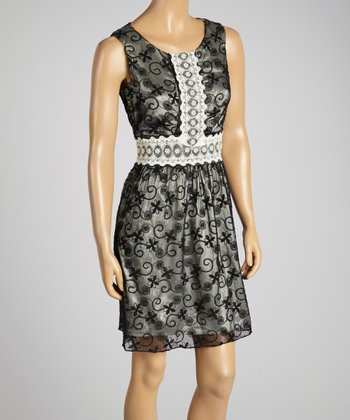 Young Essence Black & Beige Lace Dress