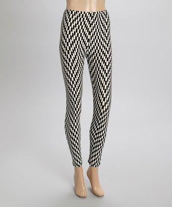 Black & White Checkerboard Wave Leggings