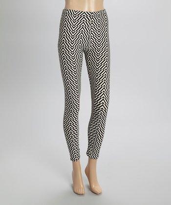 Black & White Psychedelic Zigzag Leggings