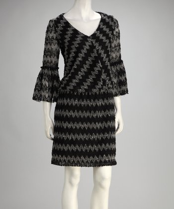 Black & Ivory Zigzag Three-Quarter Sleeve Dress
