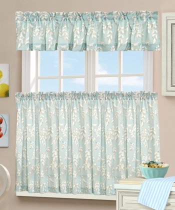 Lockwood Tier Curtain & Valance