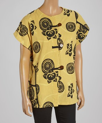 Cupcake International Yellow & Black Abstract Mandarin Top - Women