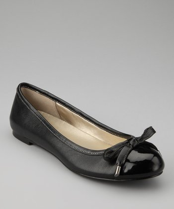 Black Leather Genie Flat