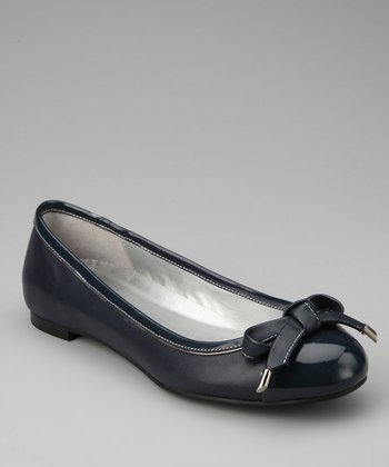Dark Blue Leather Genie Flat