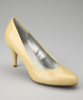 Light Yellow Courteous Pump