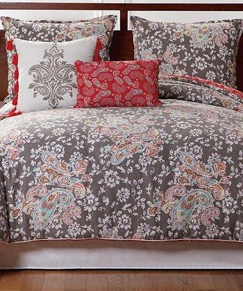 Victoria Classics: Adult Bedding