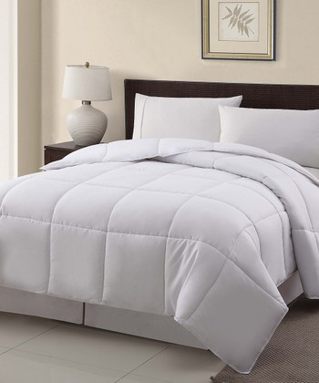 White Goose Down Queen Comforter