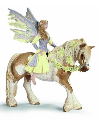 Sera & Horse Figurine Set