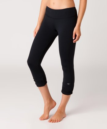 Black Flux Capri Leggings