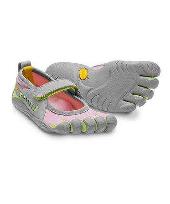 Gray & Pink Sprint Shoe - Kids