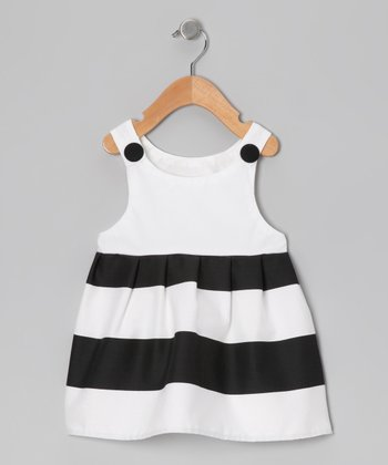Baby Trend: Black & White