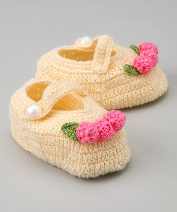Natural Floral Arrangement Crochet Mary Jane Booties