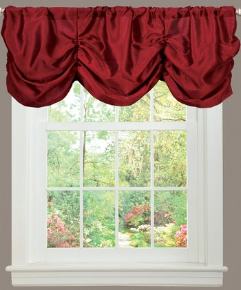 Red Estate Garden Valance