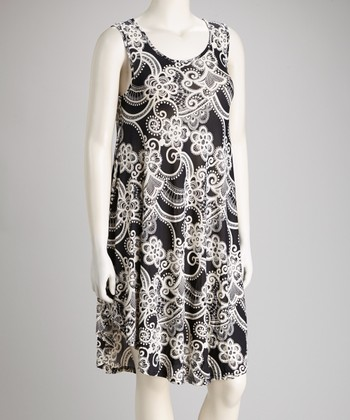 Black & White Floral Sleeveless Dress - Plus