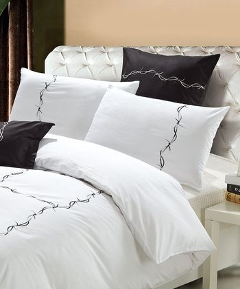 White & Black Baraberella Duvet Cover Set