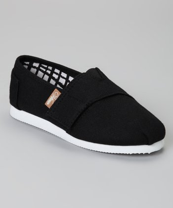 Black Voyage Classic Slip-On Shoe