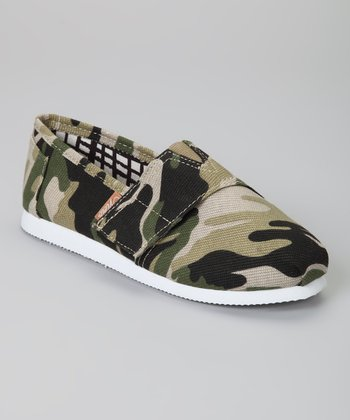 Green Camo Voyage Classic Slip-On Shoe