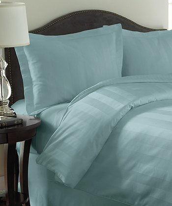 Sea Foam Rich Reversible Comforter Set