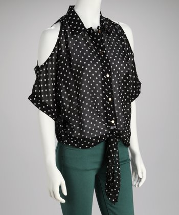 Black & White Abstract Tie-Front Button-Up