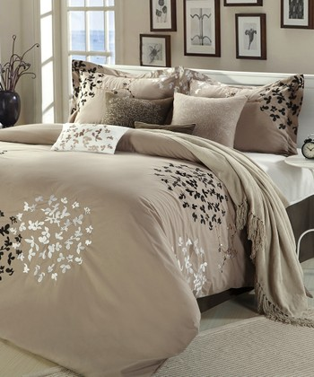 Brown Chiela Comforter Set