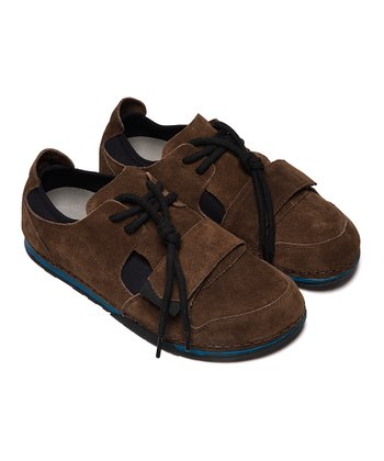Classic Earth Primo Suede Shoe