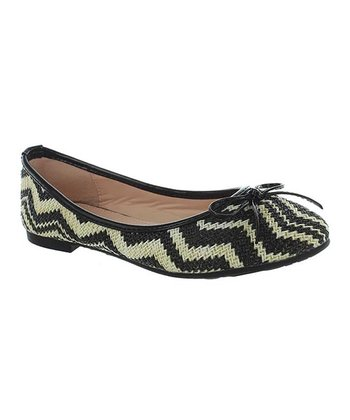 Black Zigzag Junior Flat
