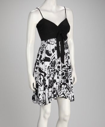 White & Black Floral Sidetail Dress