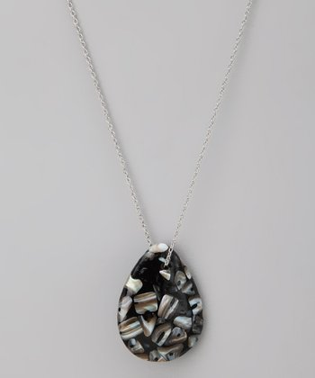 Black Shell Pendant Necklace