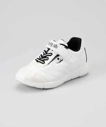 White & Black Elliot Sneaker - Kids